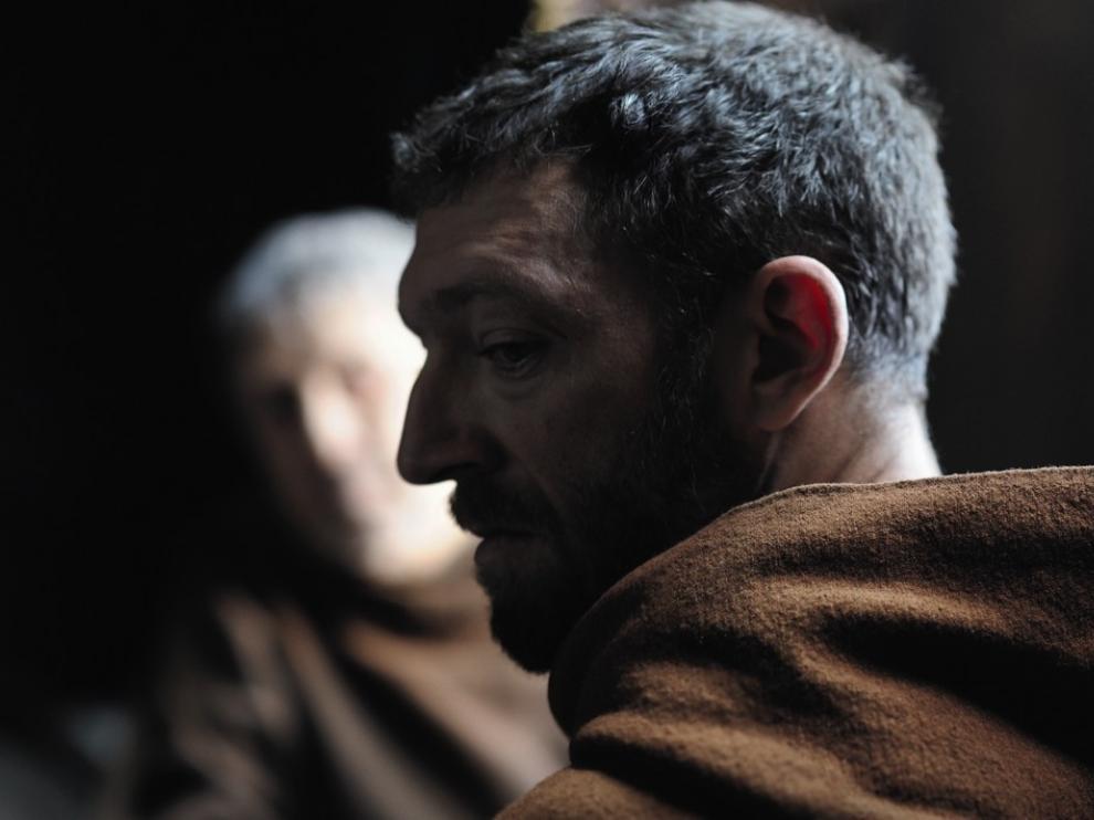 Profil d'un moine (Vincent Cassel)