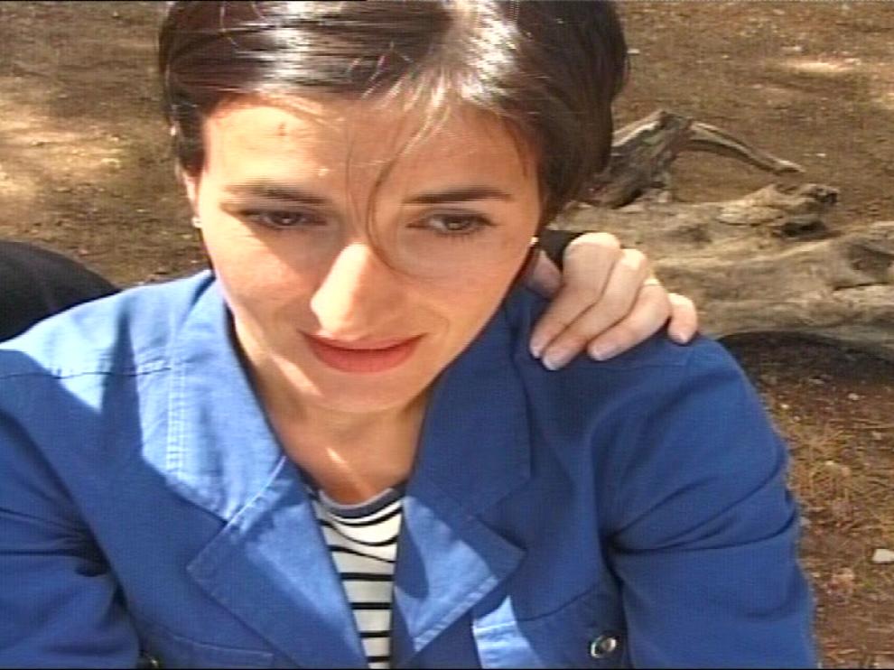 Gros plan sur le visage d'une femme sur le point de pleurer