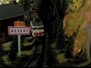 Entrée de la ville de Revens