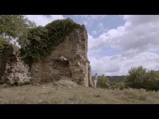 Une ruine dans la nature