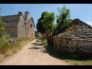 Village où se passe la majorité de la série Hero corp