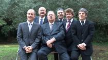 Georges Frêche entouré de ses plus proches collaborateurs lors de sa dernière campagne à la présidence de la Région Languedoc-Roussillon